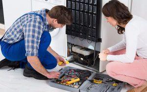 Почему крупную холодильную технику лучше ремонтировать на дому?